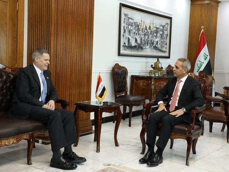 The president of the Supreme Judicial Council receives the American ambassador