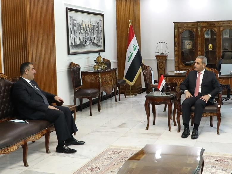 President of  Supreme Judicial Council receives Governor of Central Bank and stresses the importance of maintaining the independence of Central Bank