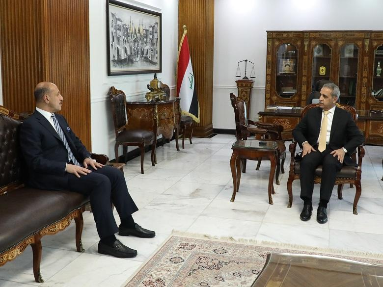 President of Supreme Judicial Council receives Minister of Youth and Sports