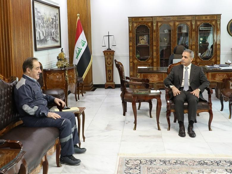 President of Supreme Judicial Council receives Minister of Electricity