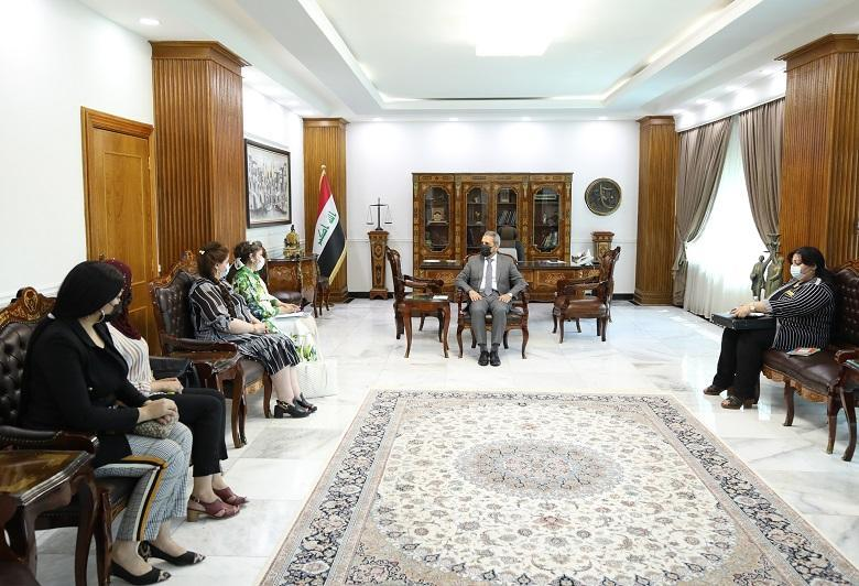 President of the Supreme Judicial Council meets with a number of  activists in women rights