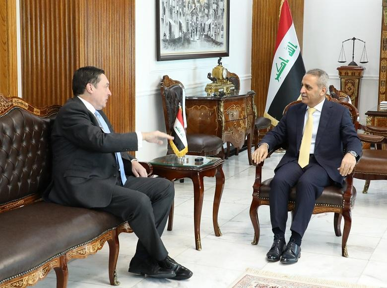 The President of the Supreme Judicial Council receives the British Ambassador